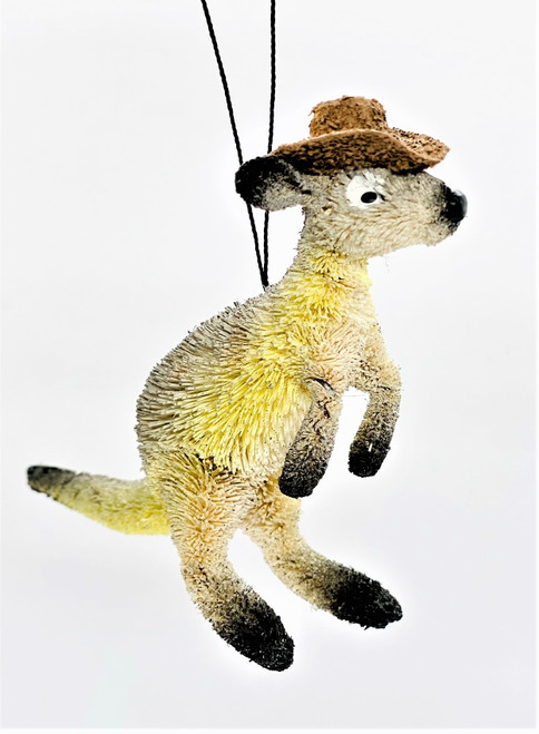 Beautifully Designed and Crafted by Talented Artisans, all Natural Australian Animals. Handmade, Hand Crafted and Hand painted. These Quirky Animals are Aussie through and through. Designed to capture the cheeky nature of our Beautiful wildlife, they are a great present, souvenir or Home ware to add the Australian flavour to any home!