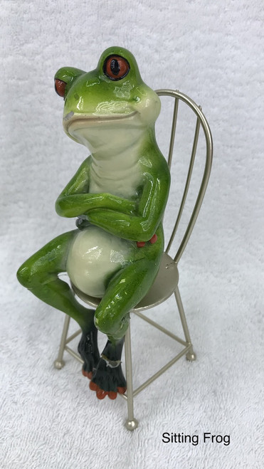 CHEEKY FROG ON SEAT -  ARMS CROSSED