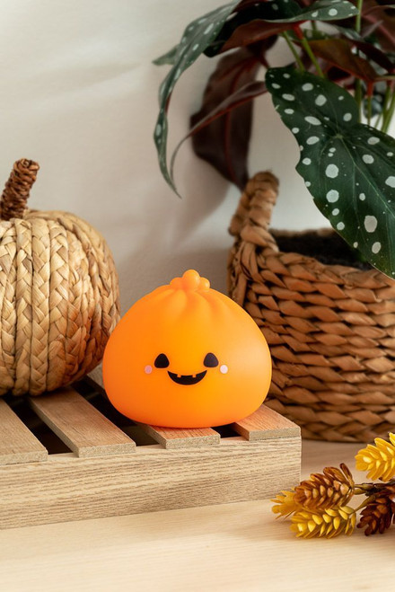 Smoko Little B Dumpling Ambient Light Halloween