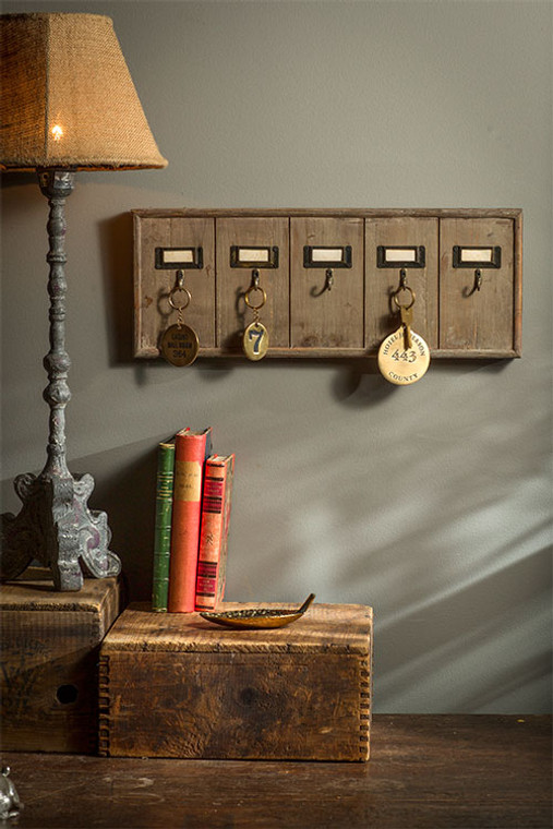 Rustic Key Rack Made from Recycled Wood