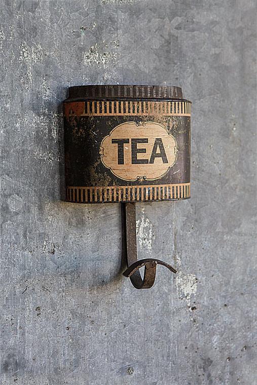 Iron Tea Box Hook