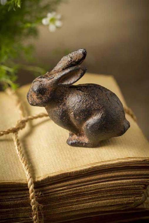 Small Cast Iron Rabbit