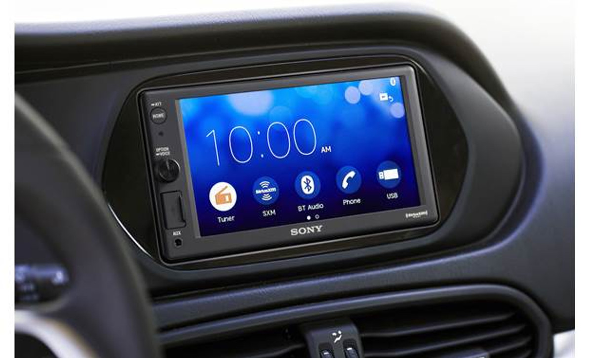 Product Spotlight Sony XAVAX1000 with Apple Car Play
