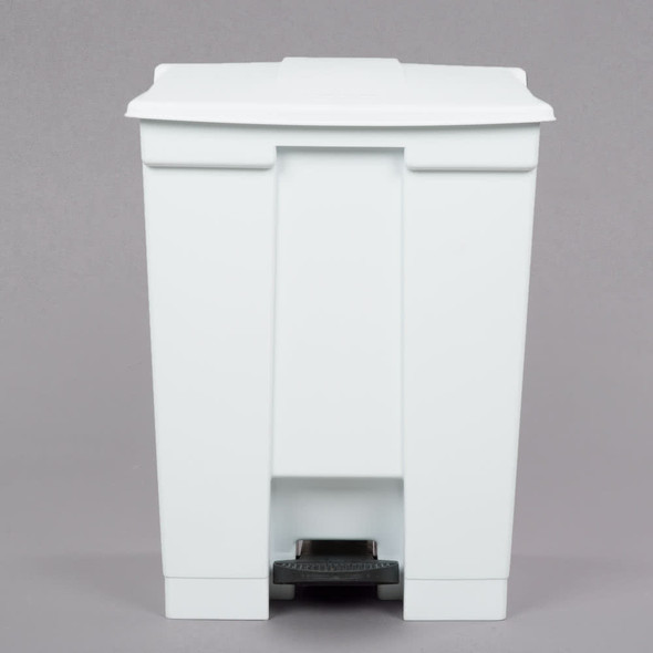 Rubbermaid Legacy 18 Gal Step-On Container, White