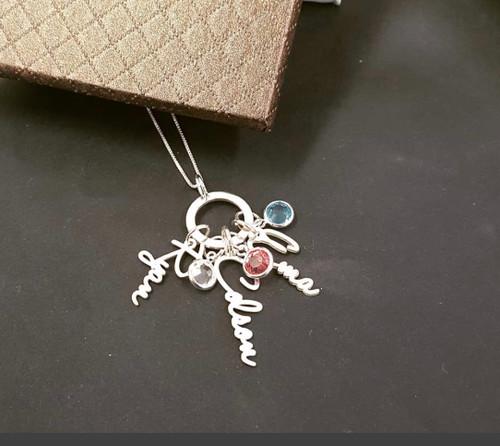 Everlasting Family Love Mom Name Charm Necklace