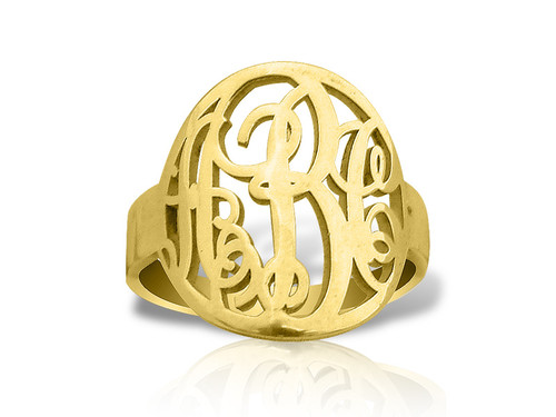 Monogram Ring with Circle Prep Style