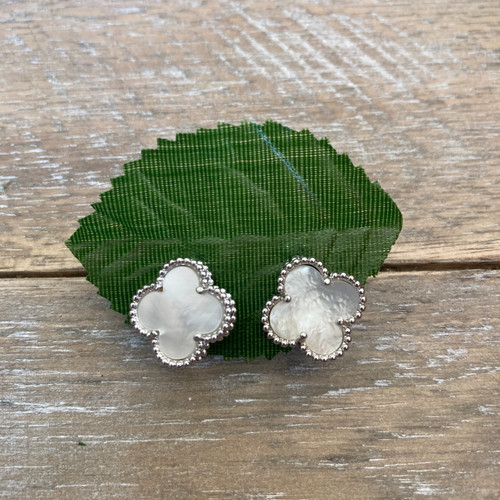 Quatrefoil White Mother of Pearl Stud