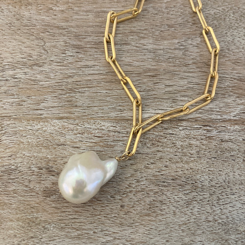 White Baroque Pearl/Paperclip Chain