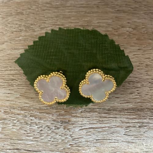 White and Gold Quatrefoil Stud