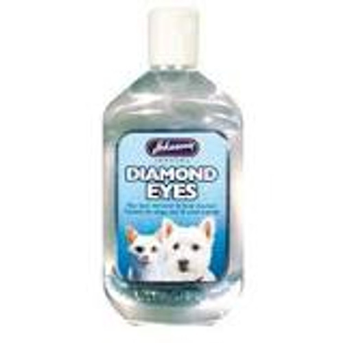 Johnson's Diamond Eyes Tear Stain Remover is a gentle, mild formula, specially developed for cleaning beneath and around your pet's eyes.  Effective in preventing tear stains, this product can also be used to cleanse the face. It has proven especially handy in aiding minor eye problems, particularly where weeping may cause problems.  A popular product for use on white or light coloured pets, and those being shown.     Suitable for use on cats, dogs and small animals.