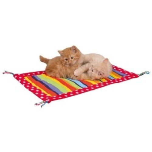 Play mat with tassels Made form fleece/canvas material Sewn-in rustling foil Great place to rest or to lay and play Suitable for both cats and kittens