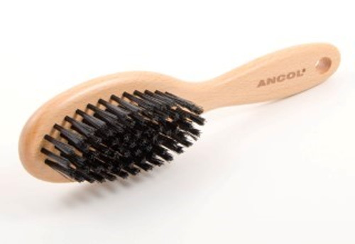 A Traditional wooden handled brush with soft bristles which are ideal for smaller dogs and  puppies .  Part of the Ancol Ergo grooming range. Removes dead hairs Promotes a glossy coat
