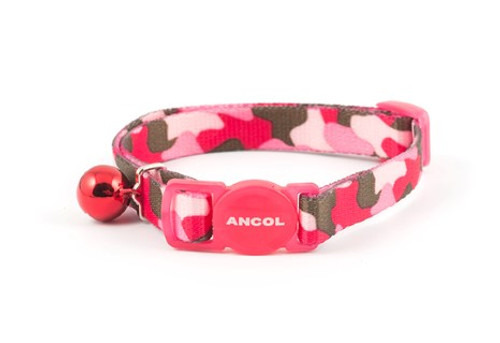 SAFETY BUCKLE TO ALLOW YOUR CAT TO ESCAPE IF IT GETS CAUGHT WHILST CLIMBING AND EXPLORING  BELL TO HELP PROTECT WILDLIFE Smart pink camo collar for the cat about town.