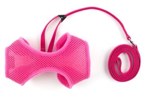 This soft harness with permanently attached lead has a breathable polyester mesh keeping your cat comfortable. The greater surface area offers improved support and is easier to put on a struggling cat. It is ideal for using for trips to the vet, or if you would like to take your cat for a walk. The harness is fully washable. It can also be used for small dogs, puppies and even rabbits.