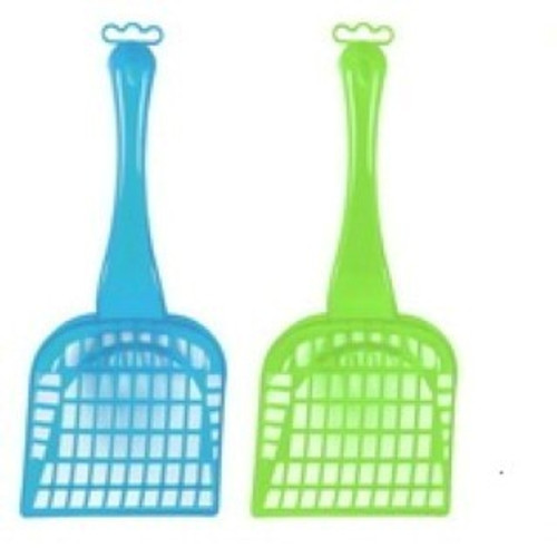 Translucent Litter Scoop* Made from durable, non toxic plastic*
