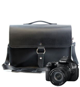 "14"" Medium Midtown Newport Camera Bag in Black Excel Leather"