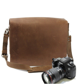 "10"" Small Mission Napa Camera Bag in Brown Oil Tanned Leather"