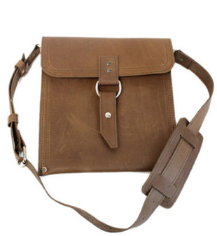 "Slim 10"" Richmond Traveler iPad (Tablet) Bag in Brown Leather"