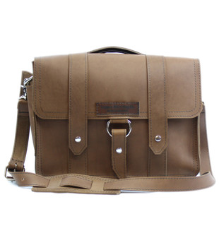 "14"" Medium Newtown Journeyman Briefcase in Brown Oil Tanned Leather"