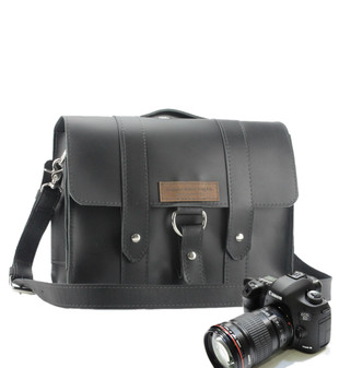 "14"" Medium Newport Journeyman Camera Bag in Black Excel Leather"