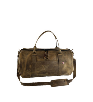 "16"" Everyday Leather Duffel Gym Bag in Distressed Oil Tanned Leather"