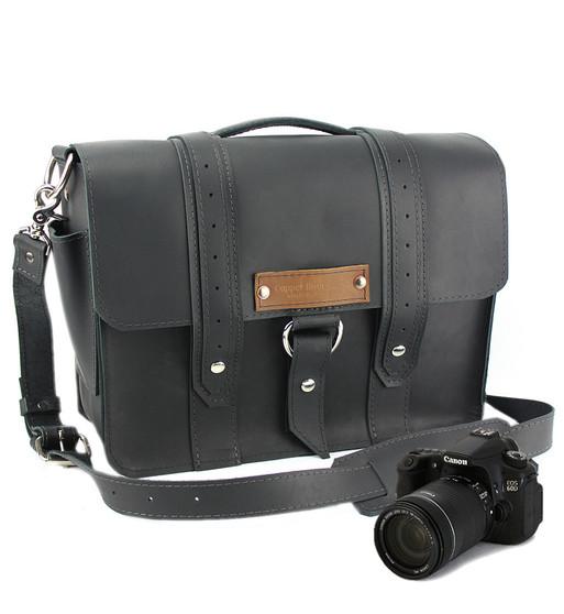 "14"" Medium Newport voyager Camera Bag in Black Excel Leather"