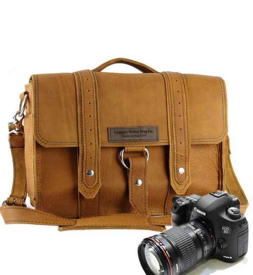"""14"""" Medium Newport Voyager Camera Bag in Tan Grizzly Leather"""