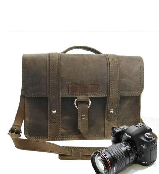 "15"" Large Sonoma Voyager  Camera Bag in Distressed Tan Oil Tanned Leather"