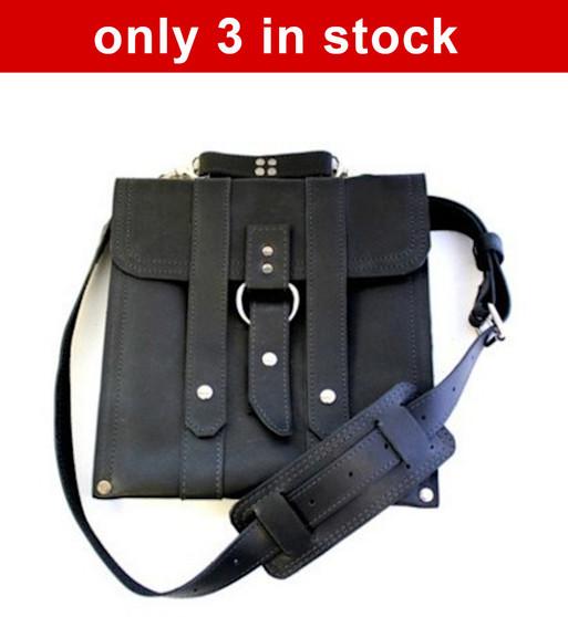 """Slim 10 """" Baxter Messenger iPad messenger (Tablet) Bag in Black Excel Leather  *(Only 3 left)"""