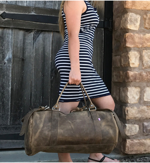 "20"" Leather Duffel Travel Bag in Distressed Tan Oil Tanned Leather"