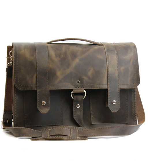 """15"""" Large Classic Alpine Briefcase in Distressed Tan Oil Tanned Leather"""