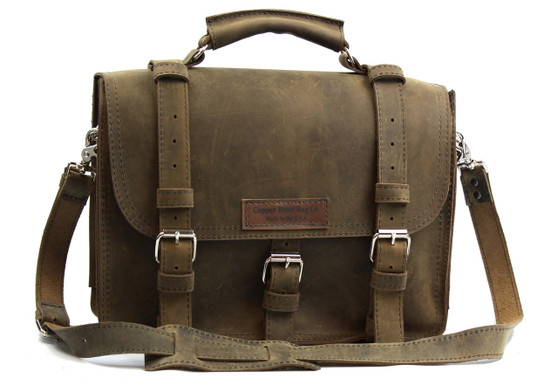 """17"""" X-Large Lincoln Classic Leather Briefcase in Distressed Tan Leather"""
