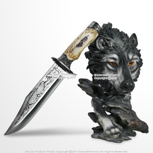 Wolf Head Statue Display Stand with Hunting Knife Blade Decorative Gift Dagger