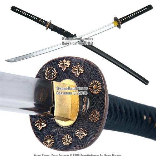 Musashi Handmade Sword Samurai Katana Paulownia Mon Gold Plated Tsuba