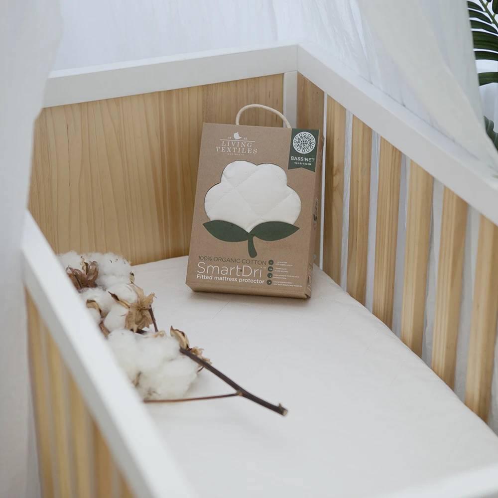 Living Textiles Organic Smart-Dri Bassinet Protector