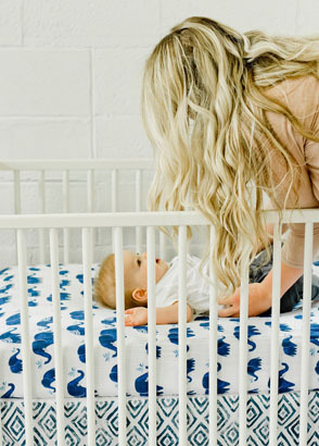 Gently Wean Your Baby Off Being Rocked To Sleep The Sleep Store Nz