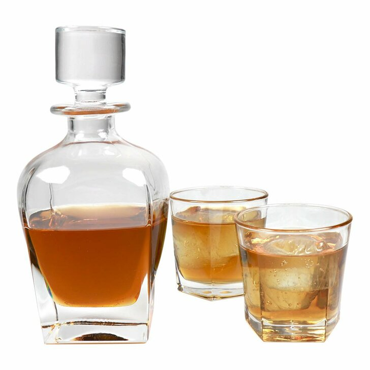Bourbon Whiskey Decanter with Glasses