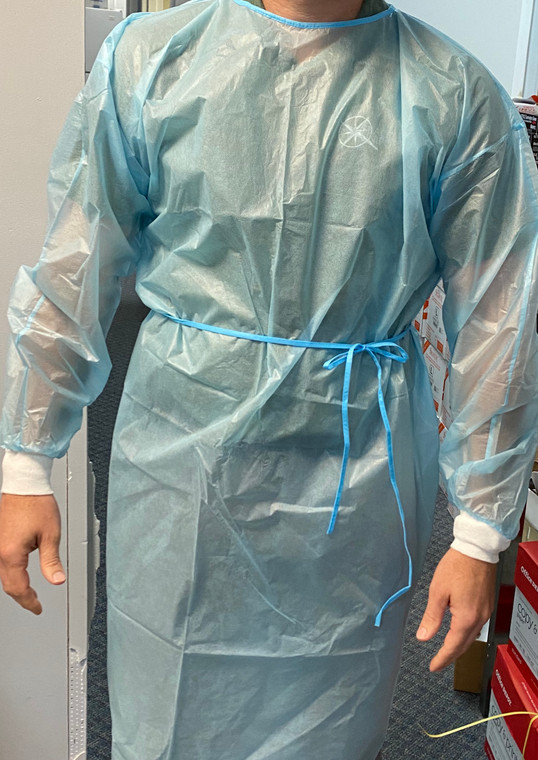 Level 2 isolation gown FDA approved