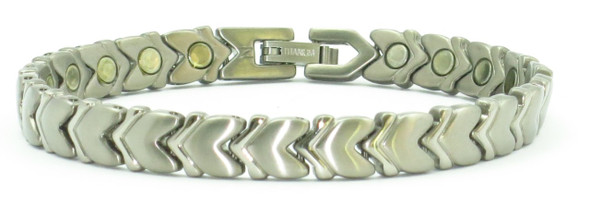 Silver-Plated Cupid's Guide -  Titanium magnetic bracelet