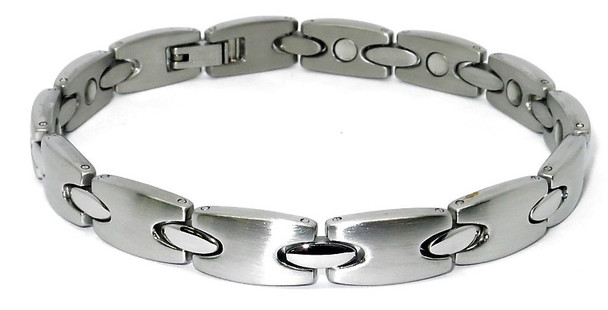 Elegant Shapes - Silver-Plated Stainless Steel Magnetic  Bracelet