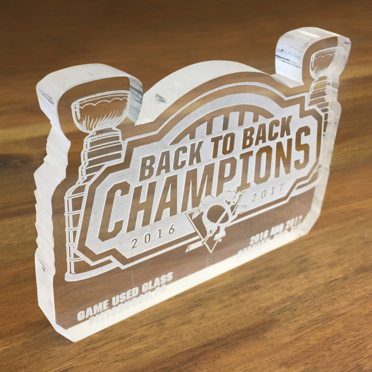 more photos 0e669 b6f84 Pittsburgh Penguins Game Used Glass Stanley Cup Commemorative Cut Out