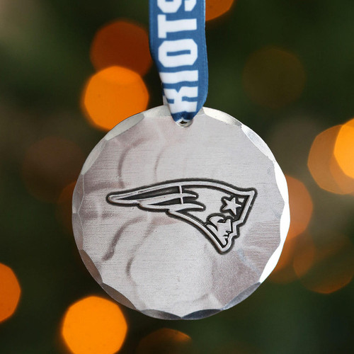 New England Patriots Small Round Ornament Aluminum Wendell August