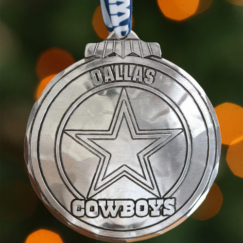 Dallas Cowboys Classic Round Ornament Aluminum Wendell August