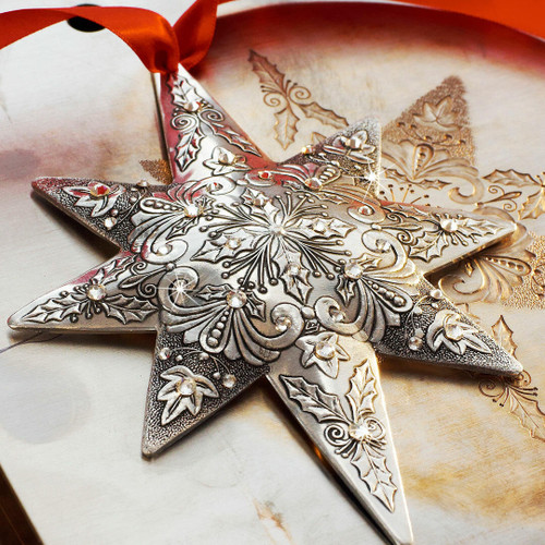 Limited Edition Centennial Star Holly and Ivy Aluminum Wendell August