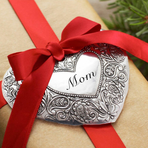 Expressions Personalized Heart Ornament Wendell August