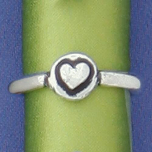 Heart Circle Ring Medium Wendell August