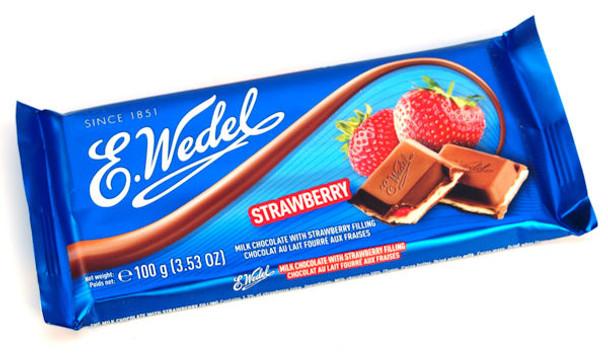 E. WEDEL STRAWBERRY FILLED MILK CHOCOLATE BAR 100g