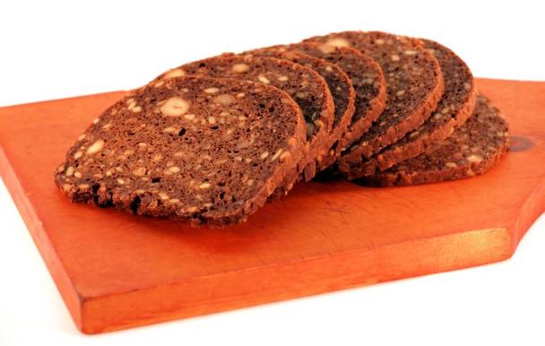 PRUNTE HAZELNUT BREAD