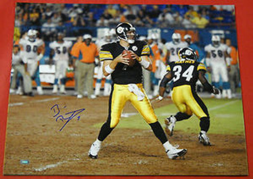 BEN ROETHLISBERGER AUTOGRAPHED PITTSBURGH STEELERS 16X20 PHOTO MM B