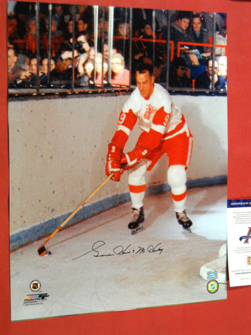 7ac7a33fe GORDIE HOWE AUTOGRAPHED 16X20 PHOTO DETROIT RED WINGS PSA DNA MR HOCKEY